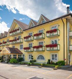 AlpHoliday Dolomiti Hotel